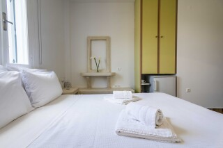 accommodation iliopoulou bed