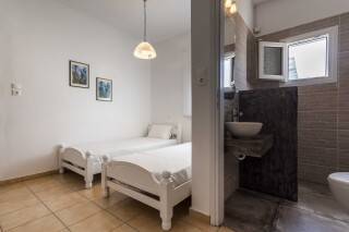 accommodation iliopoulou studios room