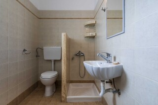 gallery iliopoulou bathrooms